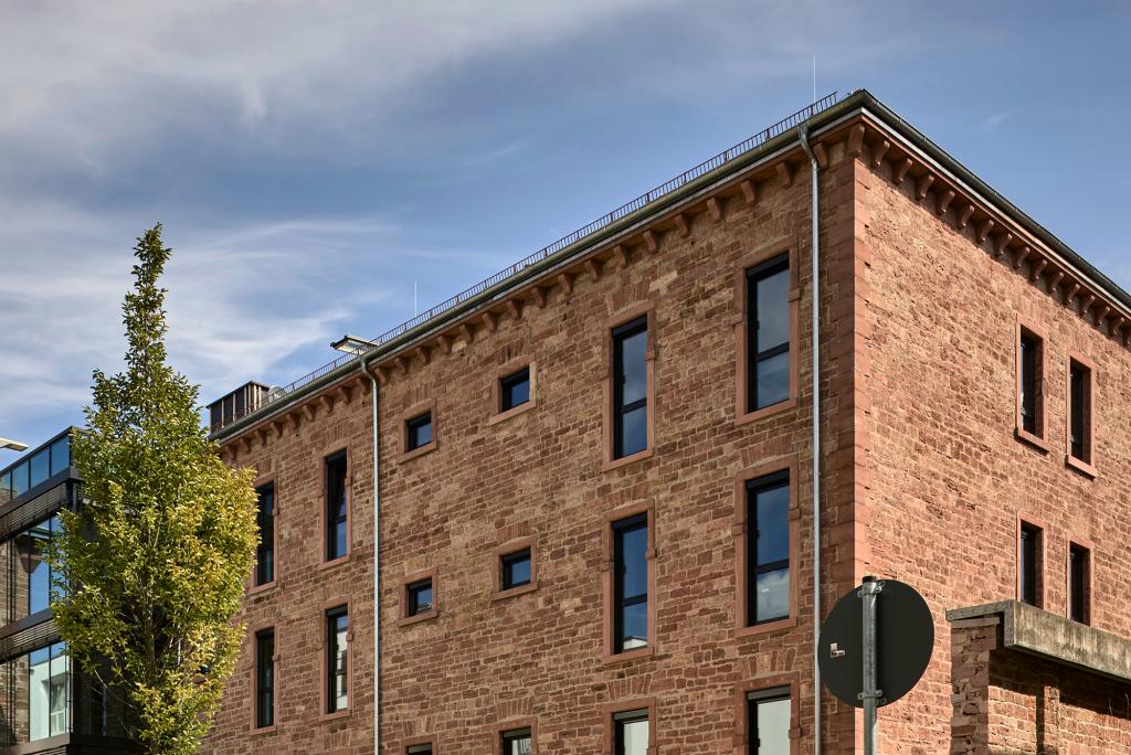 Lage anfahrt routenplaner hotel liberty offenburg for Design hotel schwarzwald