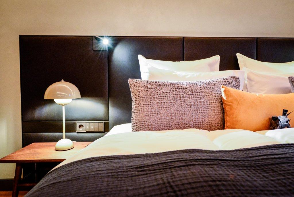 Rooms luxuri se hotelzimmer suiten in offenburg hotel for Design hotel schwarzwald