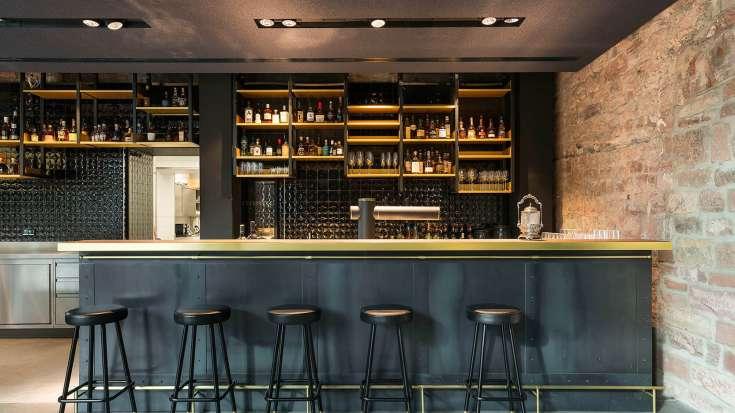 Die white brown bar hotel liberty offenburg for Design hotel offenburg